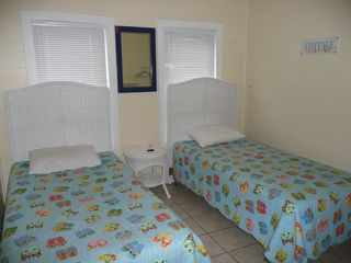 Crescent Beach cottage photo - One of 3 twin bedrooms