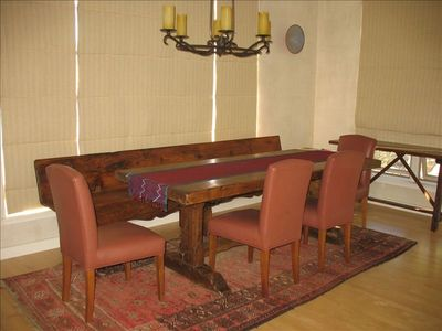 Dining Table Seats 1-8 People