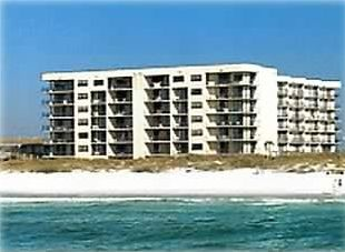 'Best Rates' on the Beach, Heated pool, Free Beach Service