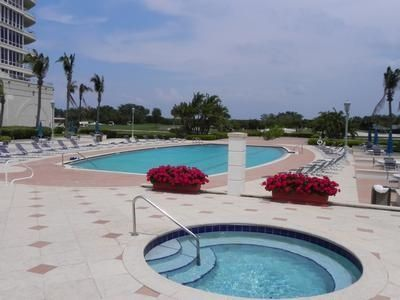 Grand Bay pool and hot tub