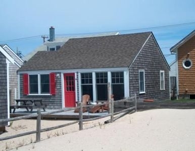 Red Door Cottage In Truro Waterfront Truro Beach Cottage