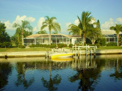 Beautiful tropical waterway- minutes from Charlotte harbor