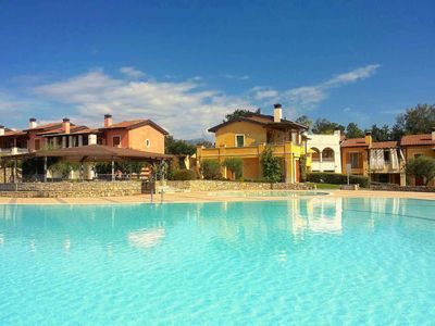 Manerba Resort 2 ~ Looking for a picturesque pet-friendly resort on Lake Garda?