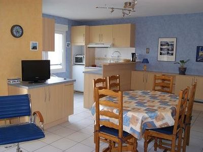 Apartment with balcony near the sea, 2 bedrooms, 6 people, elevator