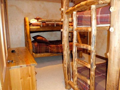 Bunk room sleeps 6!