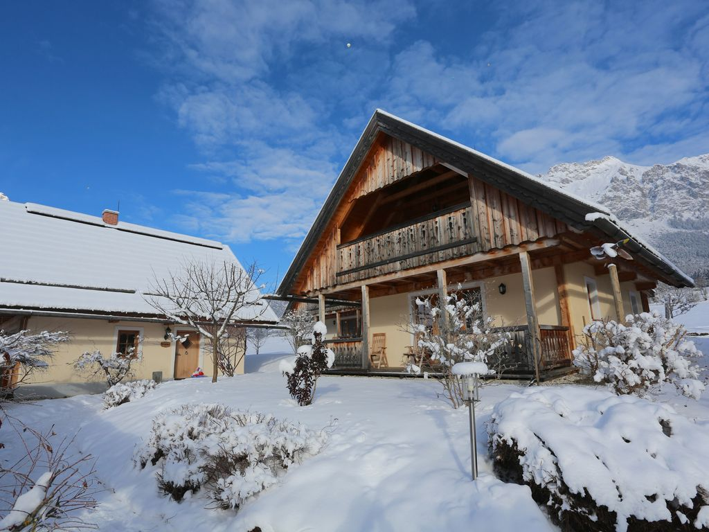 Peaceful accommodation, 78 square meters, recommended by travellers !