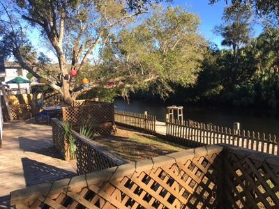 Newly remodeled and furnished Tomoka River Home Next to all Daytona activities