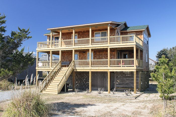 Pirate 39 s light a classic hatteras island vrbo for Hatteras cabins rentals