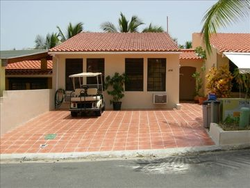 Humacao house rental - front of 216 Montecarlo