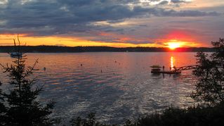 Boothbay Harbor cottage photo - A gorgeous sunset from Spruce Point Inn, a very short walk from the cottage