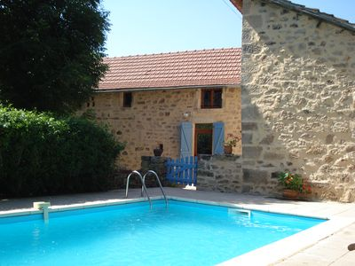 Baby friendly house in quiet hamlet with private pool
