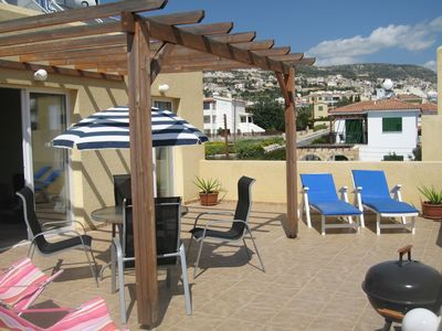 Bargain penthouse apartment + large roof terrace, pool, SATELLITE TV & WIFI