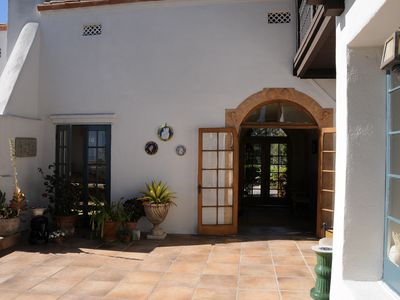 Dining Room Courtyard