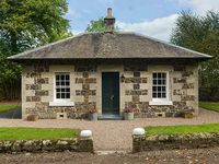 LODGE , romantic, luxury holiday cottage in Auchtermuchty, Ref 917991