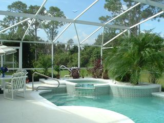 Sunridge Woods villa photo - Pool and Spa, in a luxuriant garden No neighbors - Conservation Area