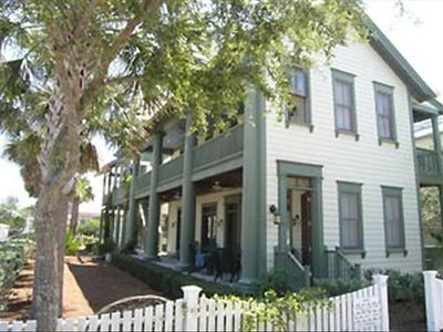 Natchez - Exterior - Cottage Rental Agency Seaside, Florida
