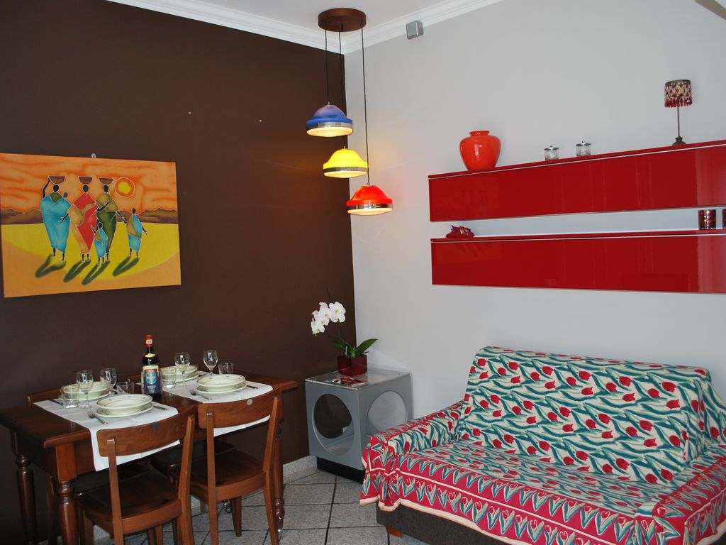 Air-conditioned apartment, close to the beach , Ottavia, Latium
