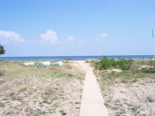 Solomons Island house photo - Walkway to the beach at the end of Beach Drive