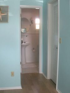 Anna Maria house rental - Master bedroom en suite bath with rainfall shower & walk in closet