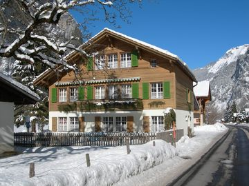 Winter view of Chalet Bärli, 2012