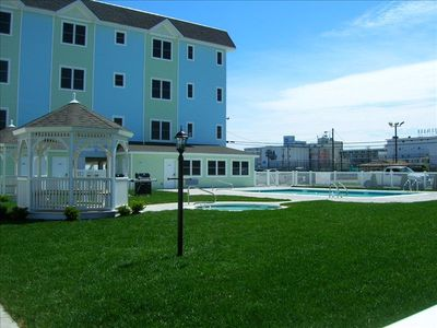 Wildwood Crest condo rental - Pool Area