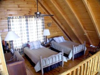 Golden Valley cabin photo - Loft twin beds and full bath