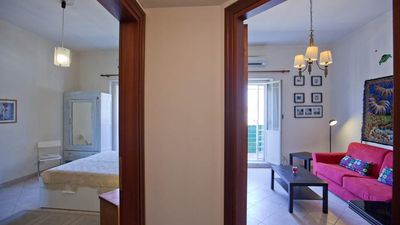 Apartment with balcony, in a strategic location close to Termini Central Station and Metro.