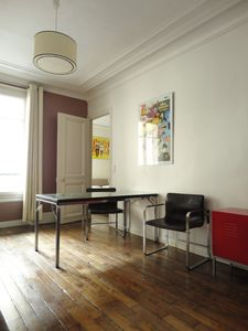 9th Arrondissement Opera apartment rental - The dining area