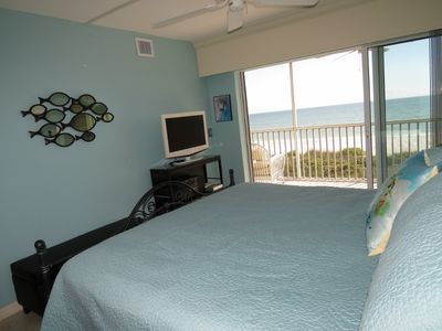 Master Bedroom Wall-Of-Glass for one of the best bedroom views in Sanibel!