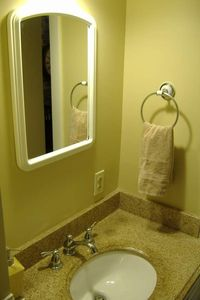 Bathroom/Full Size Shower and Tub