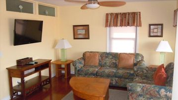 Myrtle Beach Resort condo rental - Updated living room perfect for relaxing!