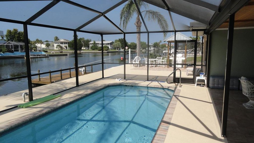 Enjoy it all screened lanai solar heated homeaway for Pool lanai cost