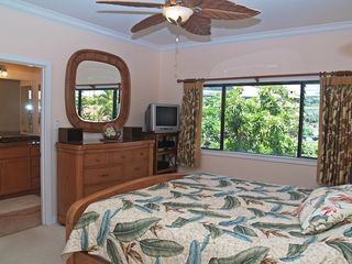 Poipu condo photo - Master Suite