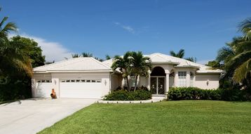 Cape Coral house rental - Luxurious villa on property w/tropical plants