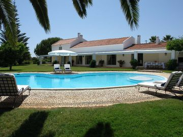 Algarve villa rental