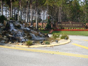 Entrance to Highlands Reserve Golf Community