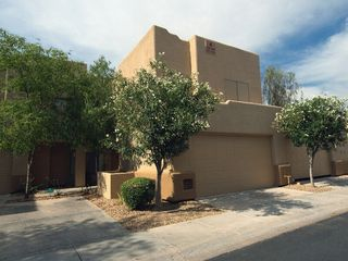 Scottsdale townhome photo - Outside view, Note 2 car garage.