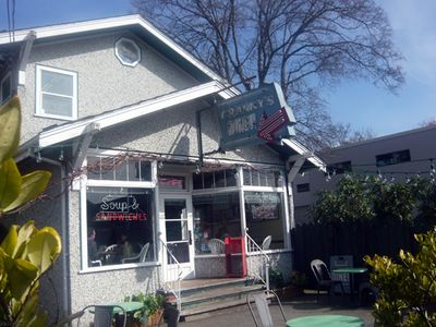 Cannery Cafe also known as 'Grany's Diner in 'Once Upon a Time' go in for brunch