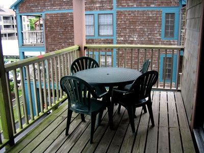 Newport condo rental - Deck (some have dining tables)