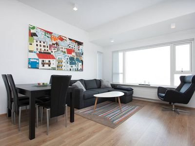 Brand new apartment down town in a perfect location, with a stunning view