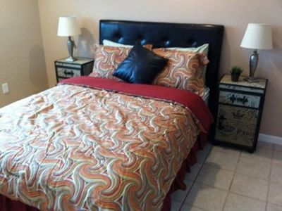 Guest Bedroom- Queen Bed