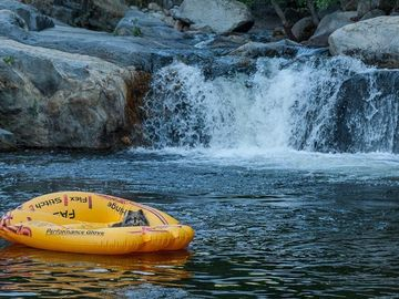 Three Rivers house rental - Come and relax in the Awesome swimming hole.