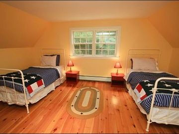 Fourth Bedroom Features Twin Beds
