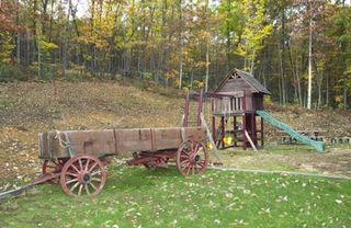 Luray lodge photo - The playground and our old wagon