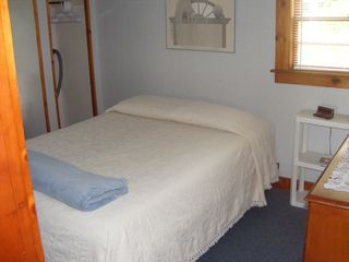 #8 Bedroom - Alton cottage vacation rental photo