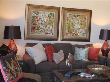 Orange Beach condo rental - Nice comfy sofa in living area with beautiful mosaic lamps and great ocean views