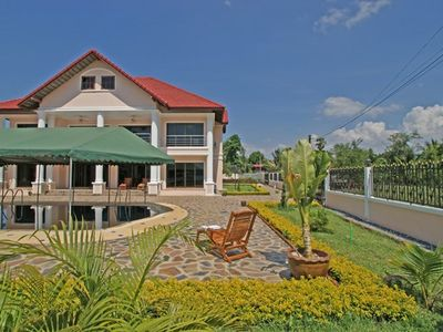 Nakhon Ratchasima house rental - Picture taken from the lake over the pool