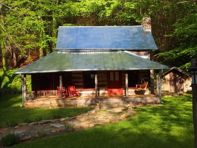 Swannanoa cabin rental - Historic 1800's log cabin with modern features. 11 miles to Asheville & Bilt
