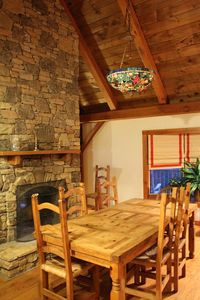 Black Mountain chalet rental - Dining room