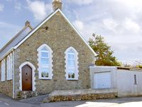 THE OLDE SUNDAY SCHOOL, family friendly in Rejerrah, Ref 2427